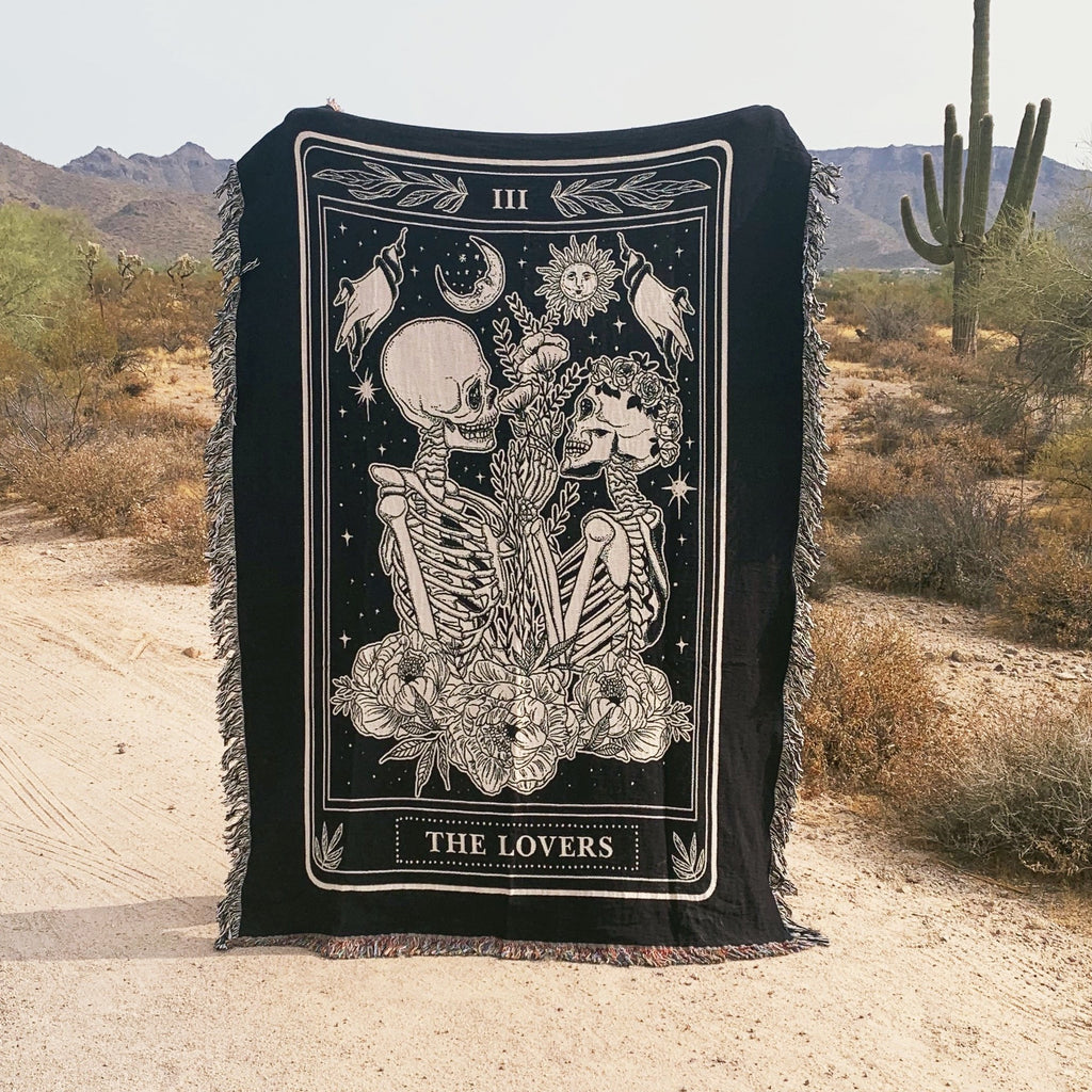 THE LOVERS (BLACK AND WHITE) // WOVEN FRINGE BLANKET