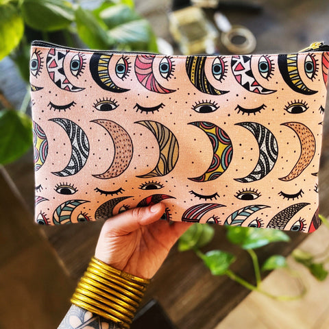 EYE OF THE MOON // COSMETIC ZIP POUCH