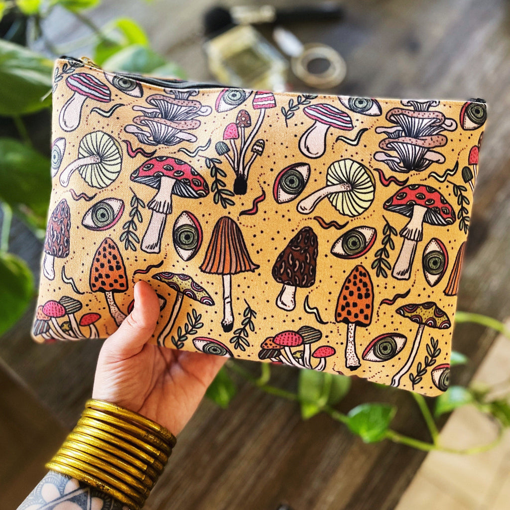 PSYCHEDELIC MUSHROOMS // COSMETIC ZIP POUCH