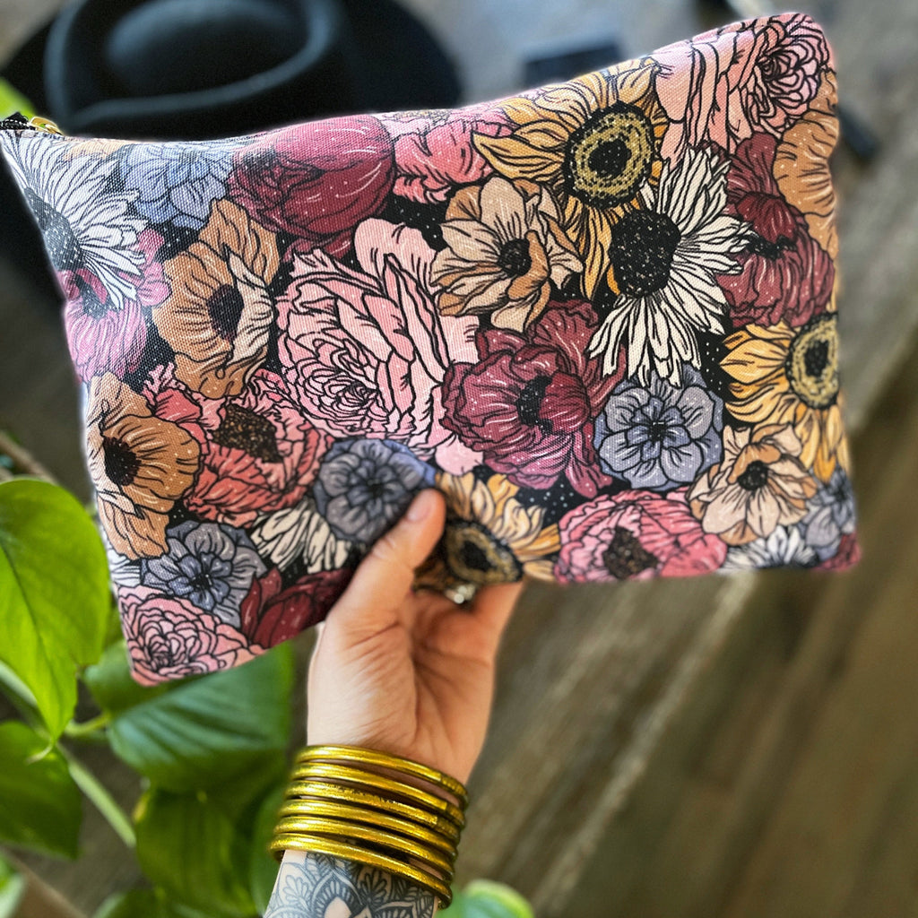 RETRO FLORAL // COSMETIC ZIP POUCH
