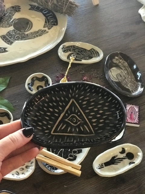 ALL-SEEING EYE // MEDIUM CERAMIC SAGE OR ALTAR DISH