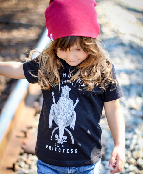 « MY MOMMY IS A PRIESTESS » KID'S TEE