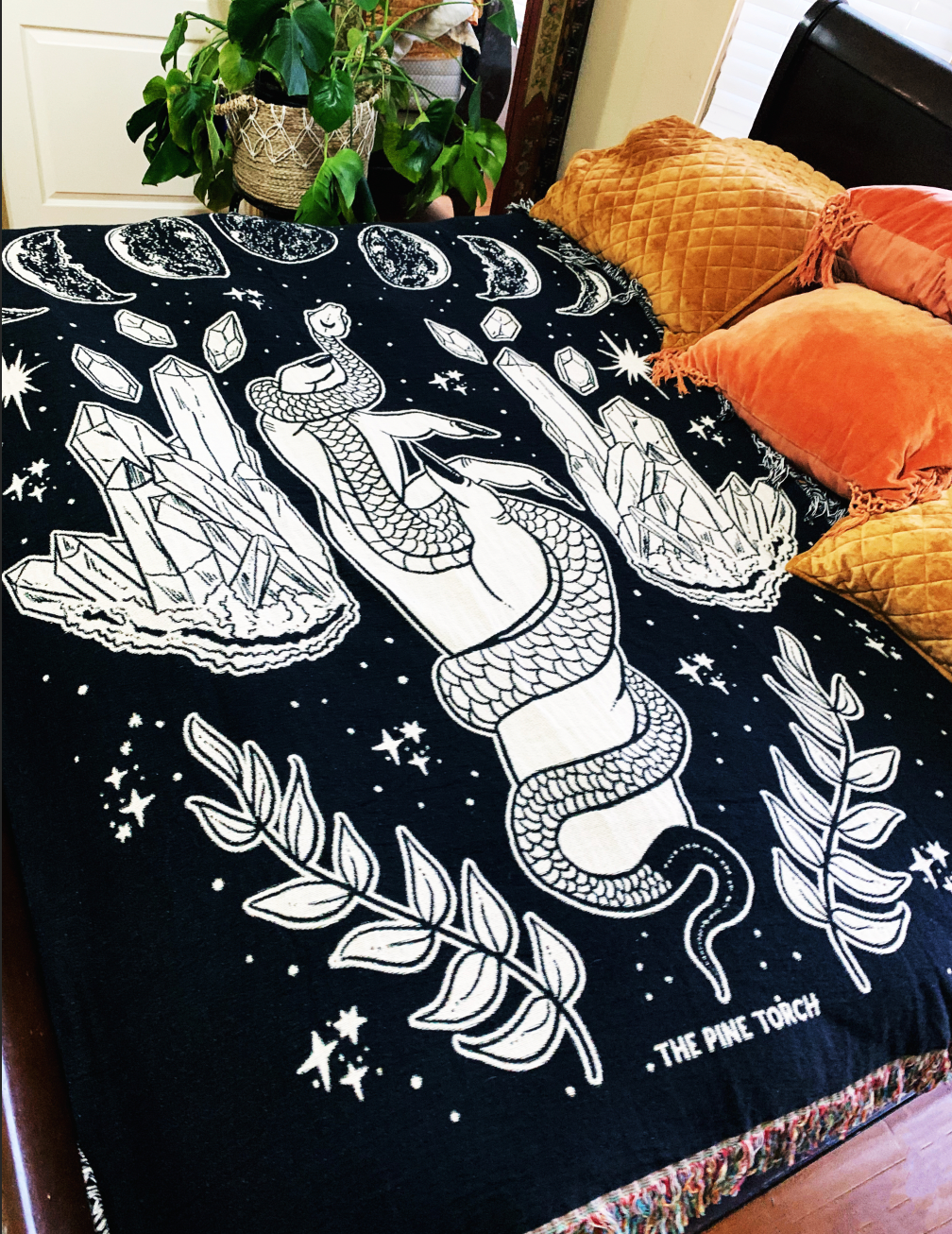 REACH FOR THE MOON // WOVEN FRINGE BLANKET