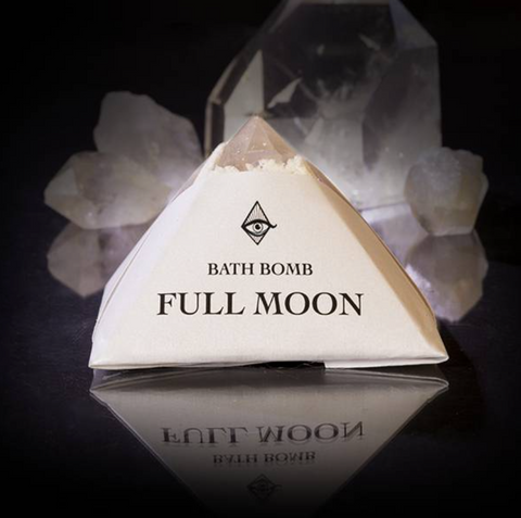 << FULL MOON >> CRYSTAL BATH BOMB