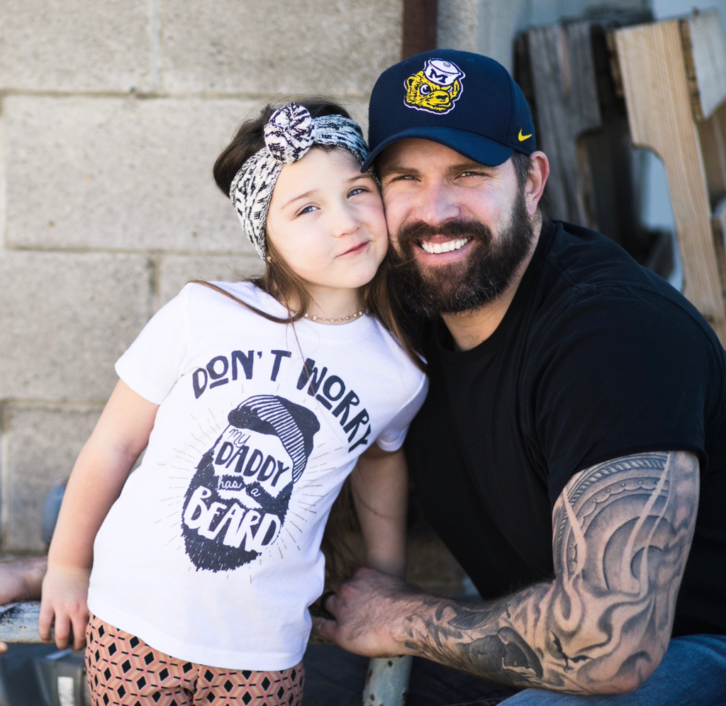 « DON'T WORRY, DADDY HAS A BEARD » KID'S TEE