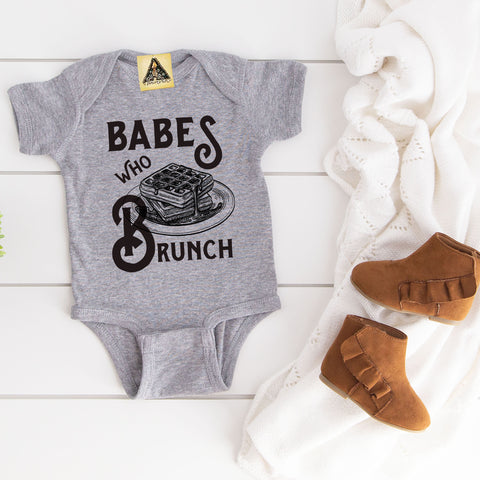 « BABES WHO BRUNCH » BODYSUIT