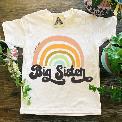 « BIG SISTER RETRO RAINBOW » KID'S TEE