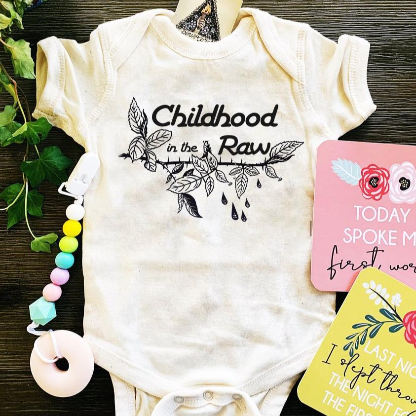 «  CHILDHOOD IN THE RAW » BODYSUIT