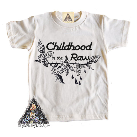 « CHILDHOOD IN THE RAW » CREAM ORGANIC KIDS TEE