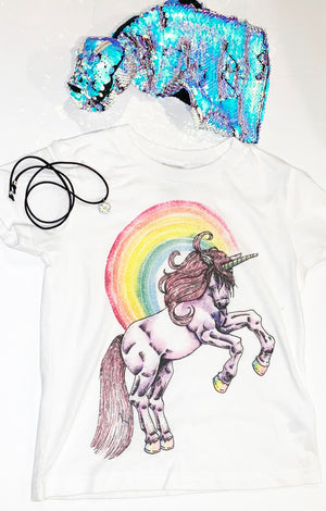 SPECIAL EDITION « UNICORN MAGIC MUSE BOX » UNICORN TEE, SEQUIN TOPKNOT, CHOKER