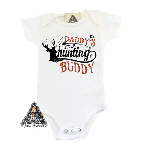 « DADDY'S LITTLE HUNTING BUDDY » BODYSUIT