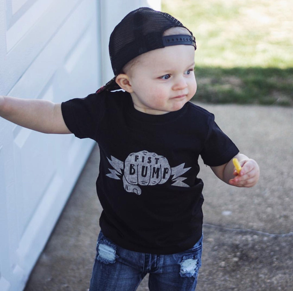 « FIST BUMP » KID'S TEE