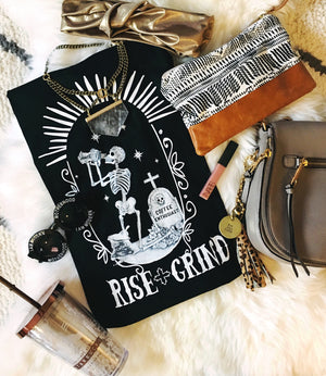 « RISE AND GRIND » WOMEN'S SLOUCHY OR UNISEX TEE