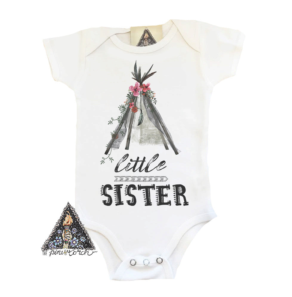 « LITTLE SISTER TEEPEE » BODYSUIT