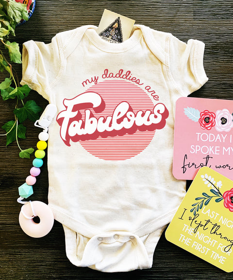 « MY DADDIES ARE FABULOUS » BODYSUIT