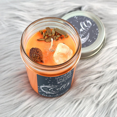 << IT'S MY  TURN >> CRYSTAL CHARGED + FLORAL TOPPED CANDLE
