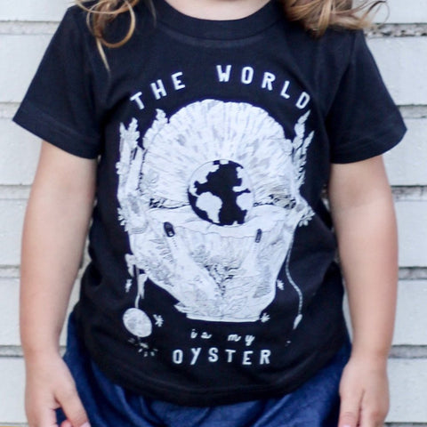« THE WORLD IS MY OYSTER » KID'S TEE
