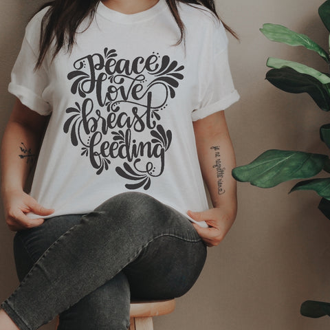 « PEACE, LOVE, BREASTFEEDING » UNISEX TEE