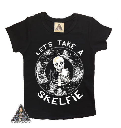 « LET'S TAKE A SKELFIE » KID'S TEE