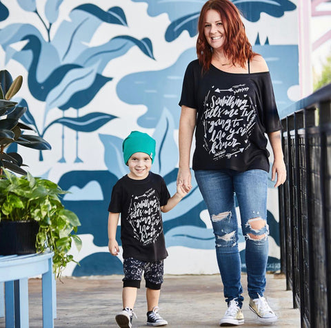 « SOMETHING TELLS ME I'M GOING TO LOVE YOU FOREVER » MOMMY & ME // Black Slouchy Tee + Kids Tee