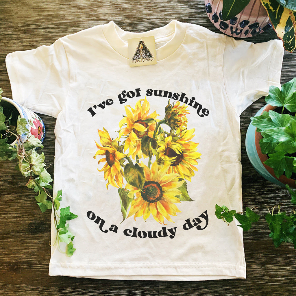 « I'VE GOT SUNSHINE ON A CLOUDY DAY » KID'S TEE
