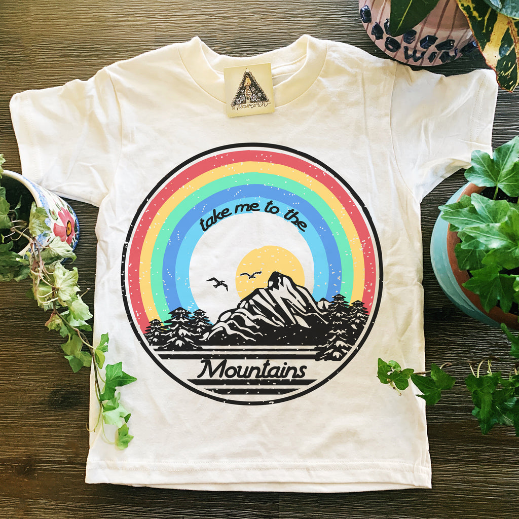 « TAKE ME TO THE MOUNTAINS » KID'S TEE
