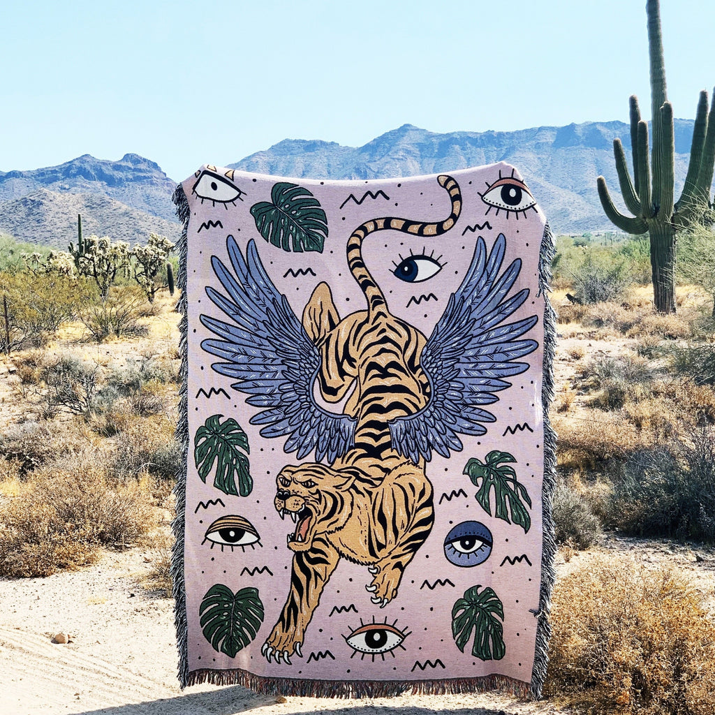 EYE OF THE TIGER // WOVEN FRINGE BLANKET