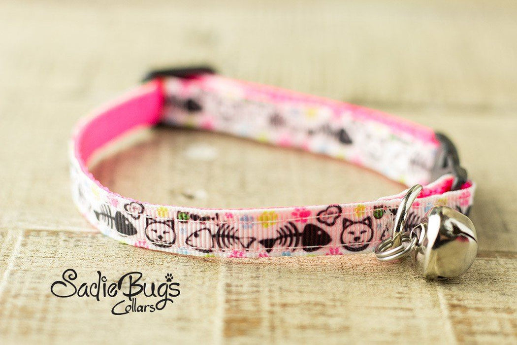 Fish cat collar