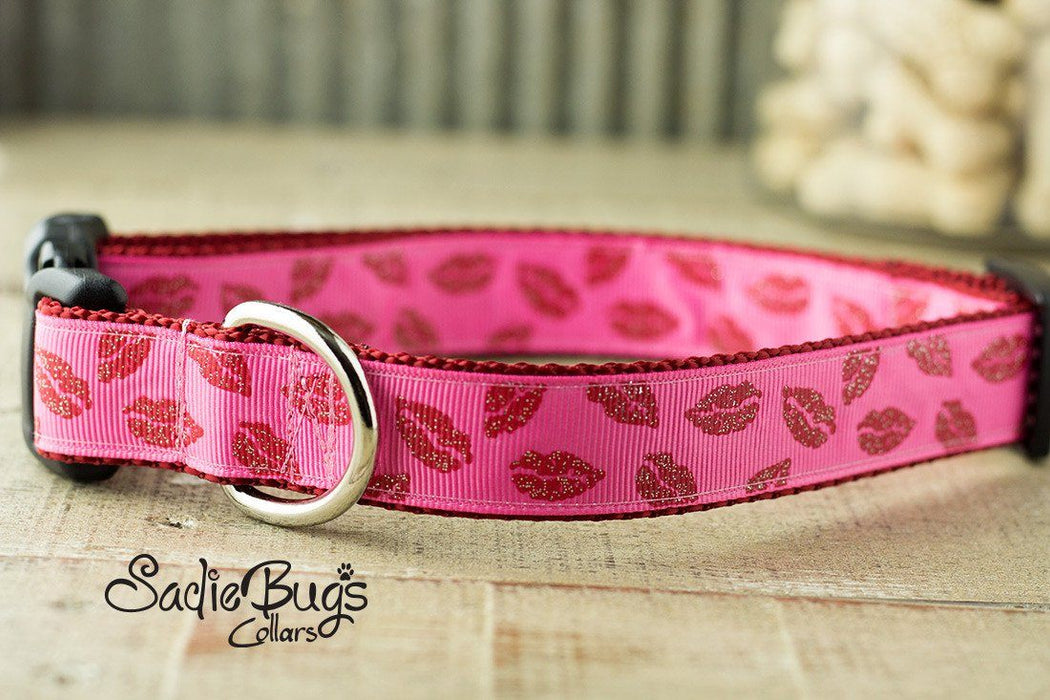 Valentines lip dog collar