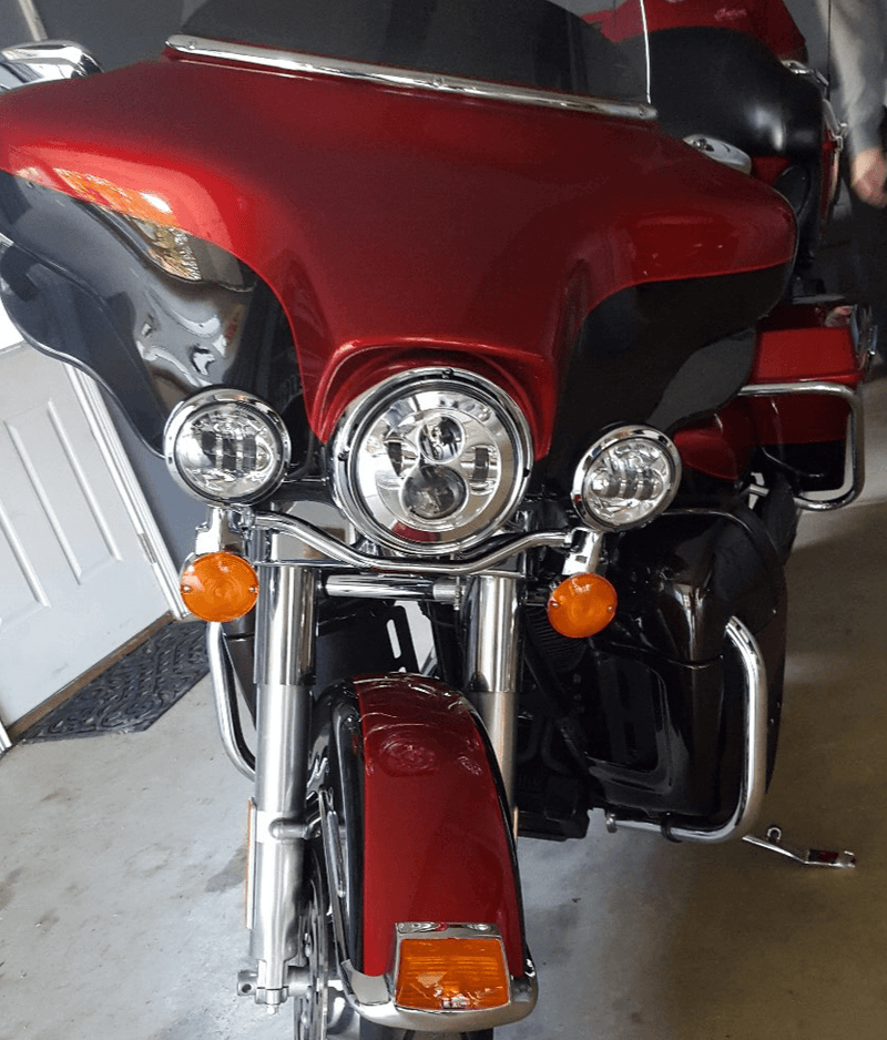 "Eagle Lights 7"" Round LED Headlight kit for Street Glide, Electra Glide and Harley Davidson Models with Radios"
