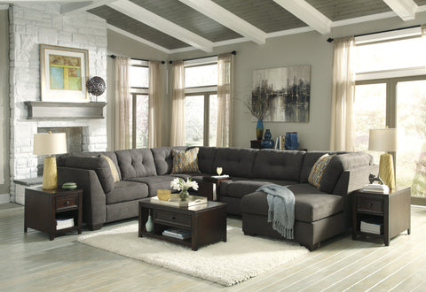 Delta City Sectional w/ Right Corner Chaise