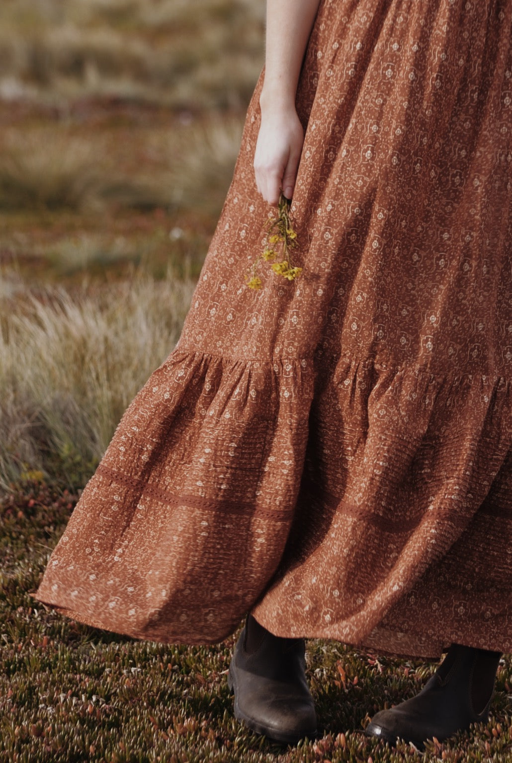 ARLINGTON DRESS ANTIQUE FLORAL RUST