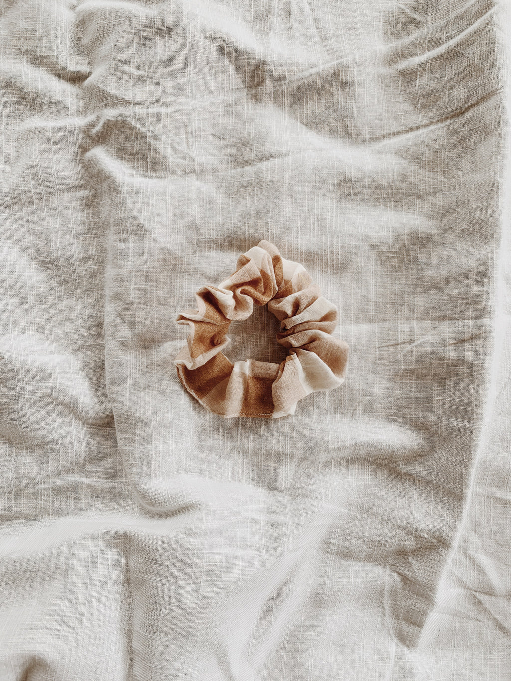 FABRIC OFFCUT HAIR SCRUNCHIE CAMEL GINGHAM