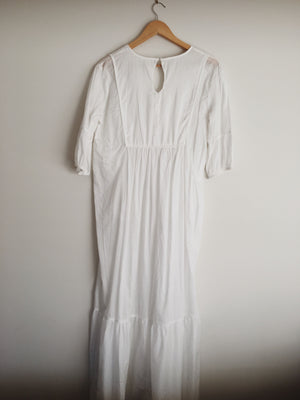 SAMPLE WHITE DRESS