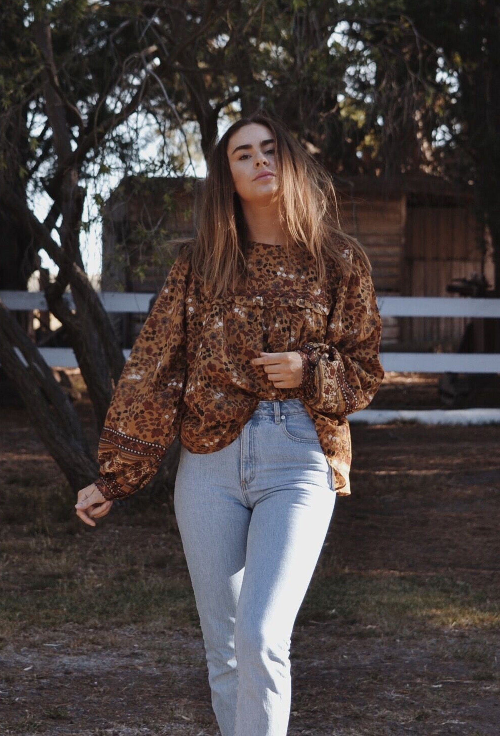 DALI BLOUSE OAK BROWN FLORAL