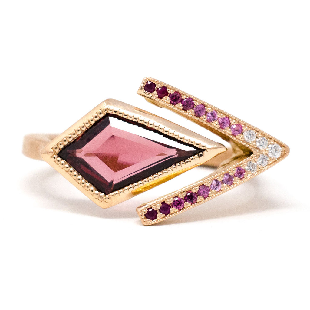 Blockette Chevron Garnet Ring