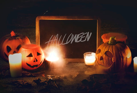carved halloween pumpkins halloween chalk sign
