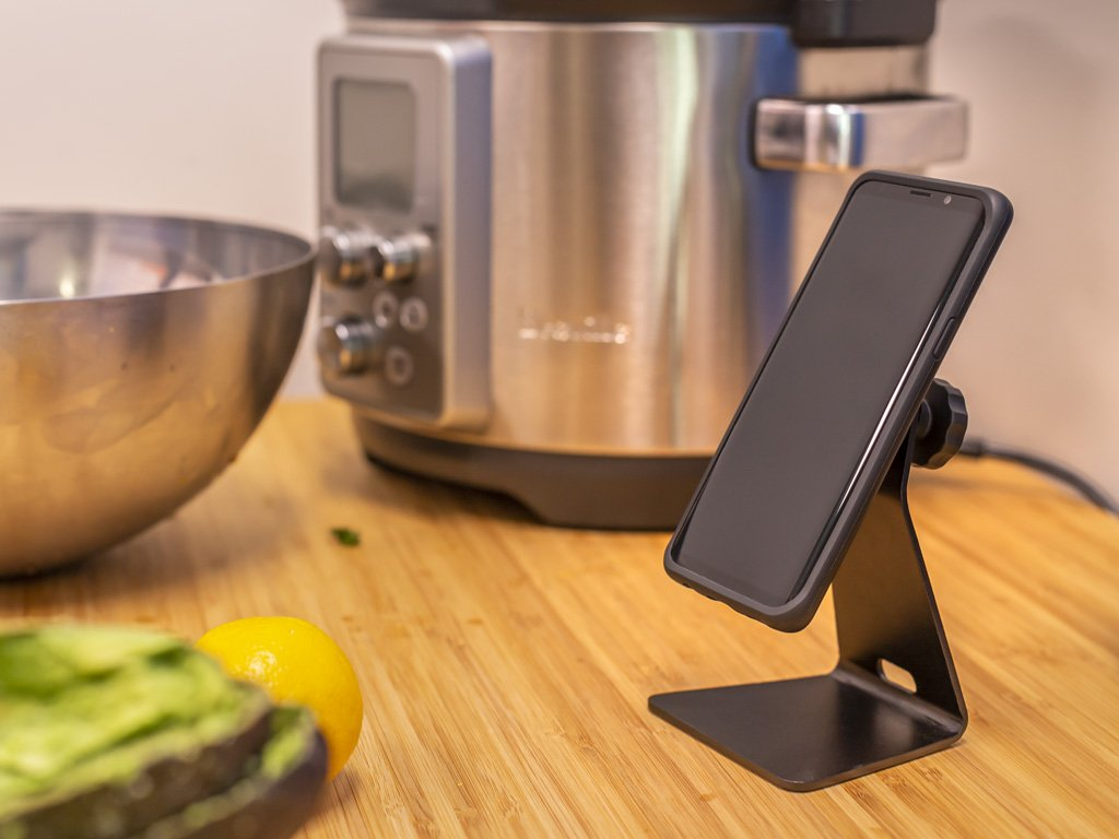 The Quad Lock Desk Mount is a great way to mount your Smartphone around the home.