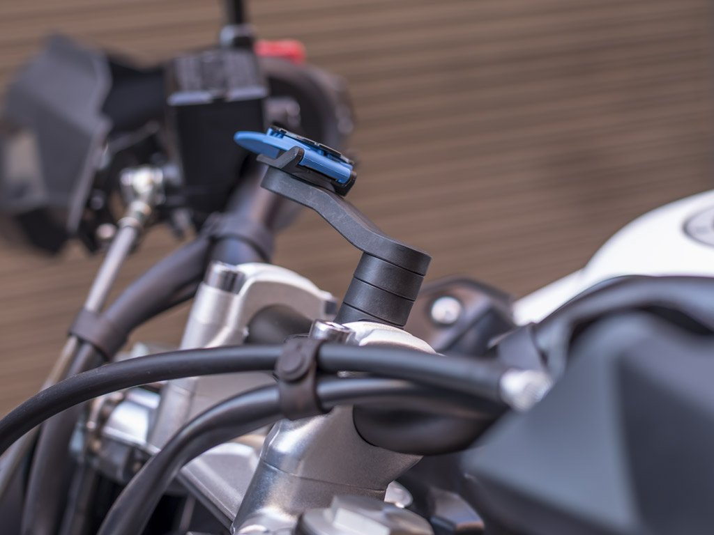 2 Index Spacers with Quad Lock Handlebar Mount on Motorcycle
