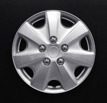 "Load image into Gallery viewer, Set Of 4 14"" Silver Lacquer Wheel Covers"