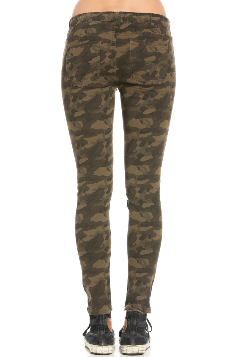 Destroyed Camouflage Skinny Jogger Jeans - Pants - My Yuccie - 3