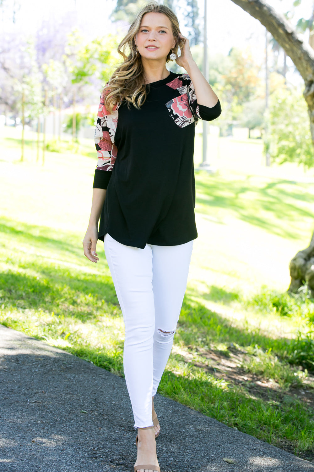 Black 3/4 Sleeve Floral Contrast Top