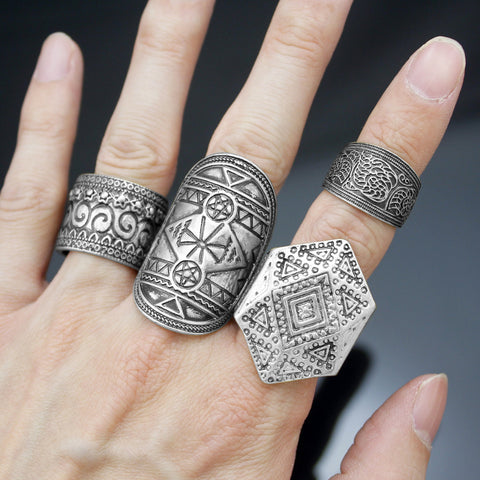 4-Piece Witchy Rings Set