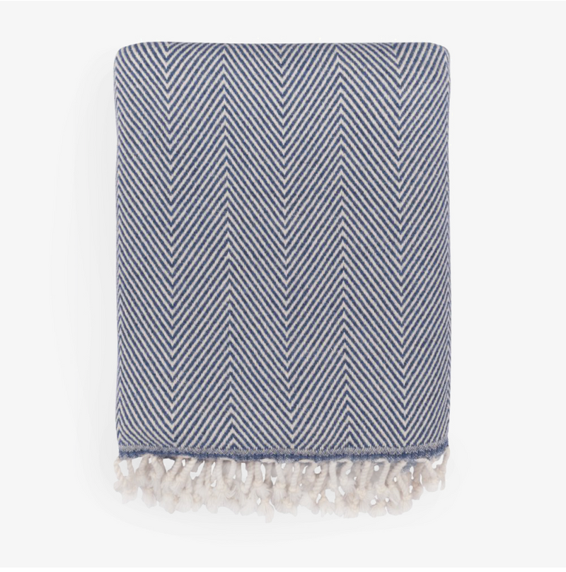 Saarde Herringbone Lambswool Throw