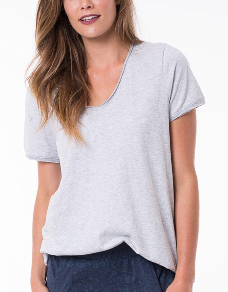 Elm Fundamental Vee Tee
