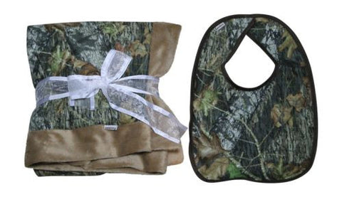Mossy Oak Baby Blanket & Bib 2PC Boys Faux Shearling Edge Camo Gift Set