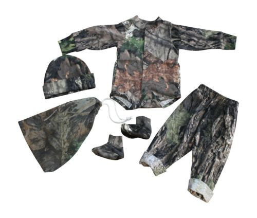 Mossy Oak Realtree Baby Outfit 4PC Gift Set:T-shirt Easy-On, Pant, Cap, Booties