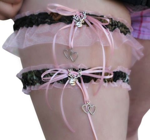 Mossy Oak/Pink Garter 2PC SET, Keepsake & Toss, Buck Heart Charms, Licensed