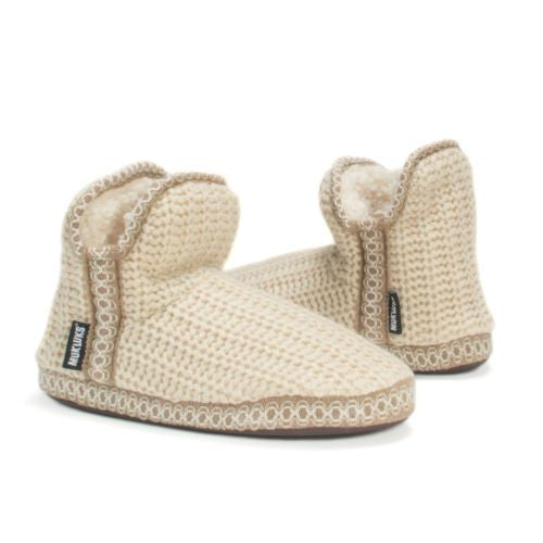 Muk Luks Amira Slipper Bootie Footie Scuff Ankle-High Slippers Ivory, Women 9-10