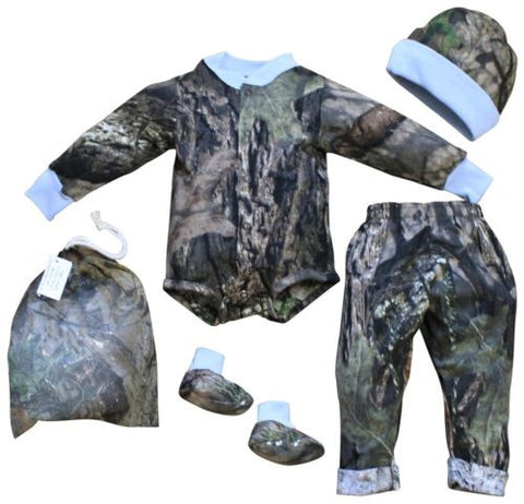 Mossy Oak Baby Boys Blue / Camo Outfit 4PC Shirt Pant Cap Booties Set (3-6 M)